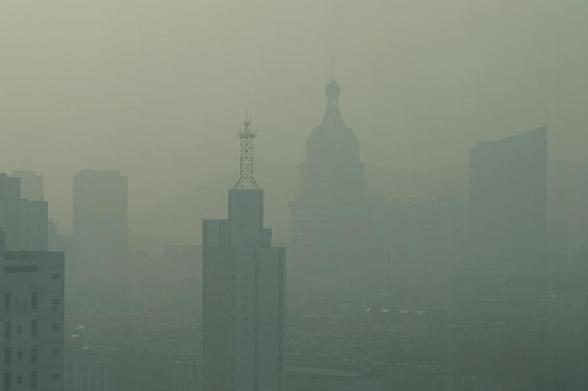 天津塔雾霾图片大全