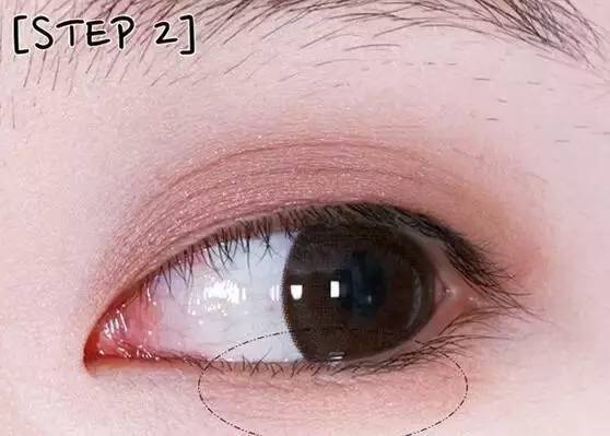 单眼皮怎么画眼影?自然清新眼妆画法