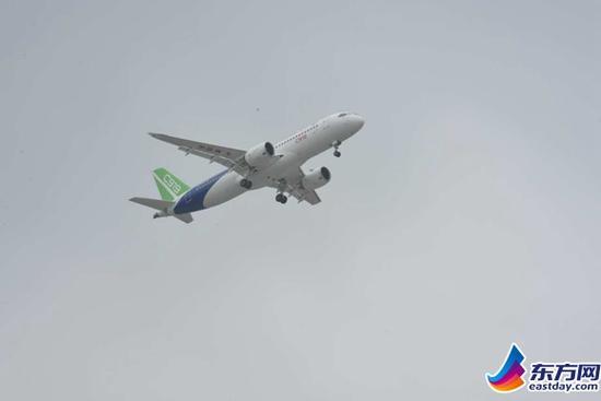 【速报】:大飞机c919圆满首飞 万亿航空产业盛宴开启