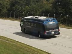 1771公里!这辆车打破了电动汽车单次充电续航里程记录